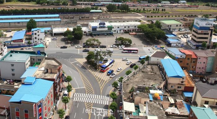 7-0528 도로교통 안전성 향상을 위한 회전교차로 설치사업 추진(안동역앞 삼거리).jpg
